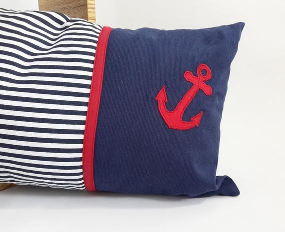 SUR COMMANDE Coussin rectangulaire déhoussable pour chambre de bébé bleu marine à rayures blanches en coton, thème marin,