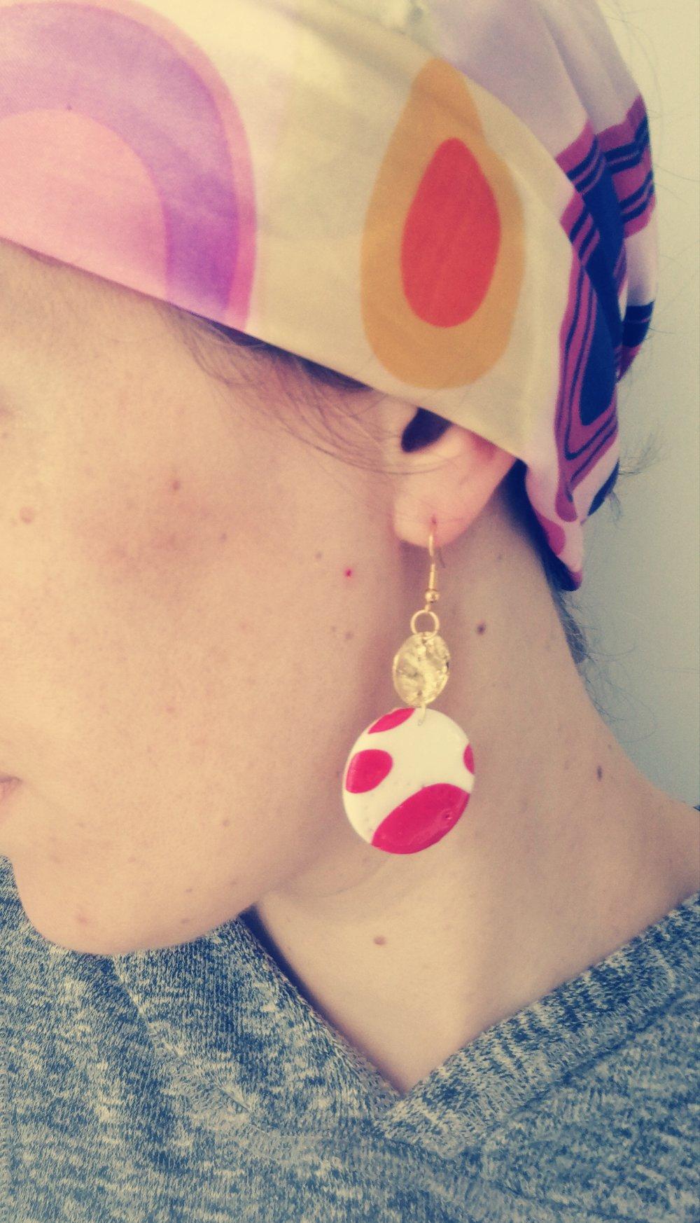 Boucles d'oreilles rondes et sequin