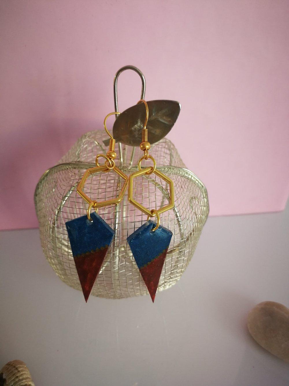 Boucles d'oreilles hexagone rouge et bleue
