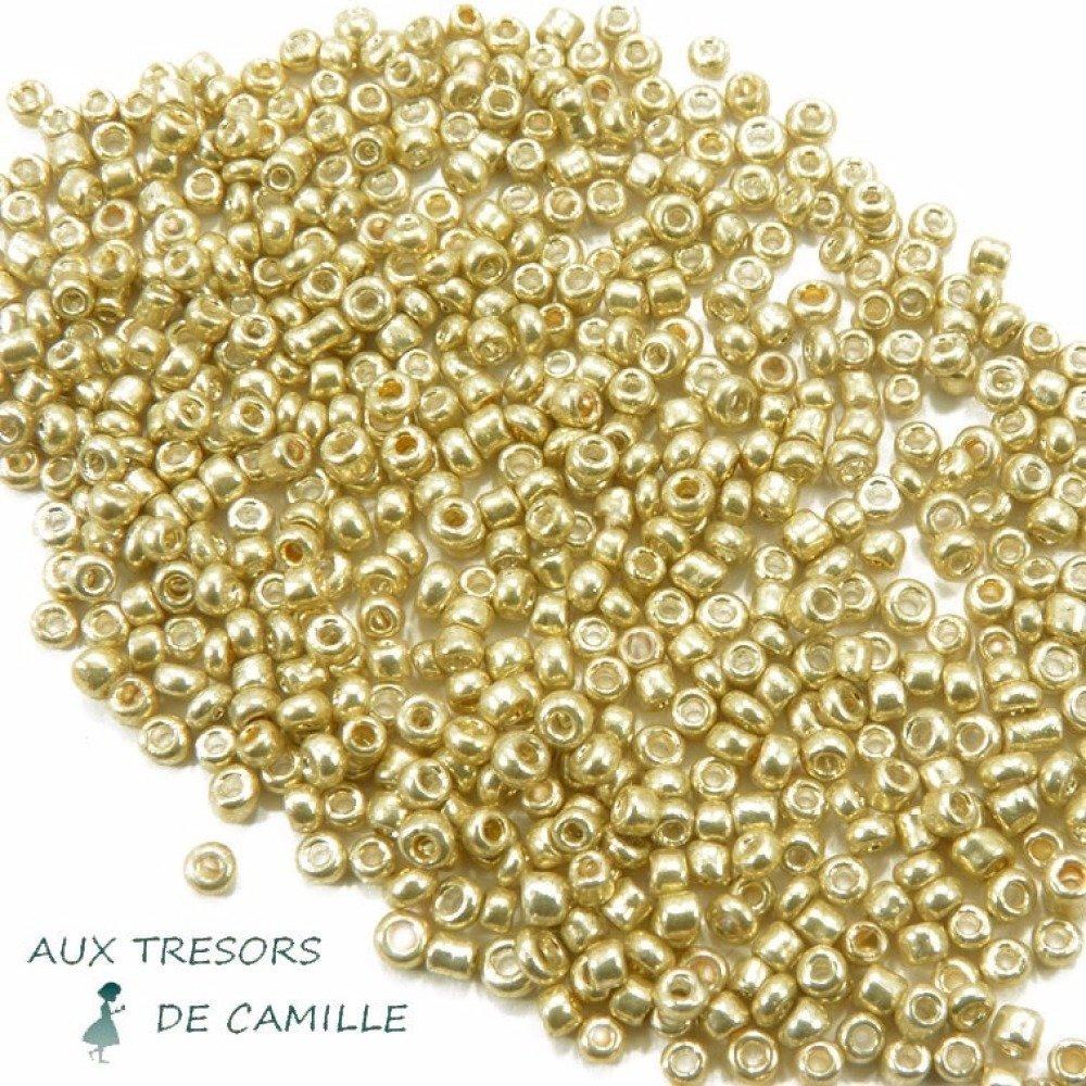 10 Grammes de Perles de Rocaille Couleur Dorée 2x1.5 mm
