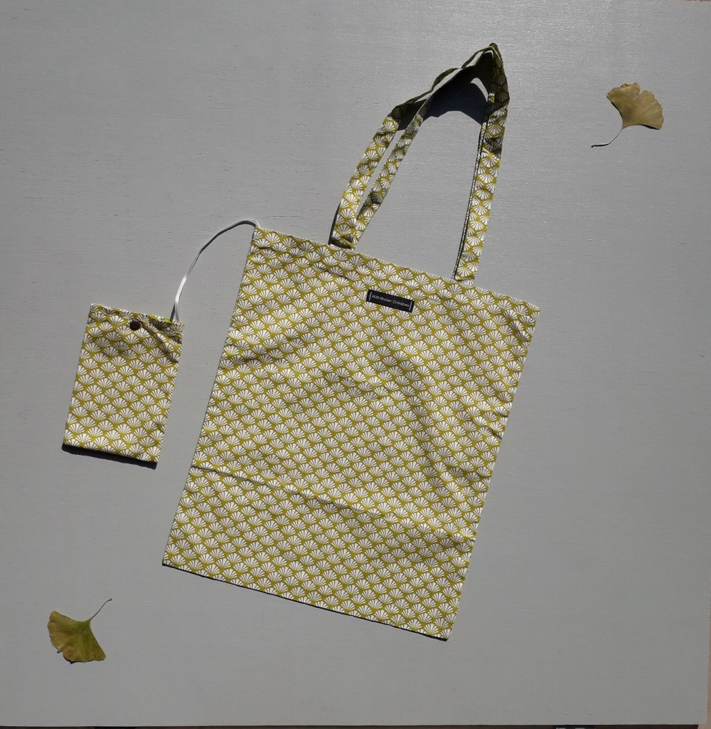 Tote bag pliable