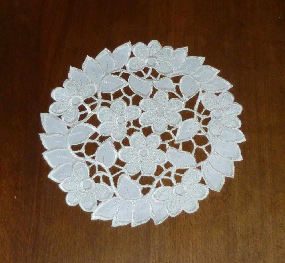 napperon rond tissu 18,5cm Réf.H29