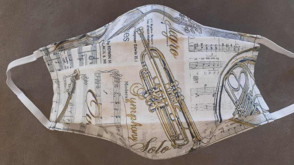 """Masque en tissu- modèle adulte """"instrument de musique"""""""