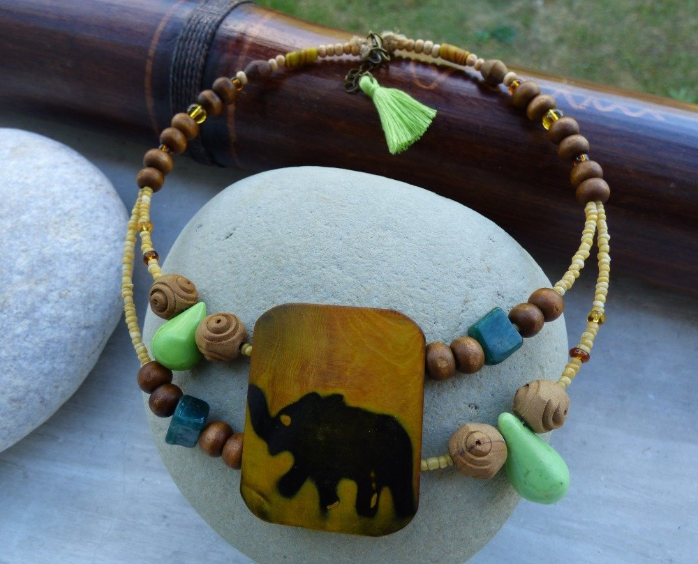 collier ras de cou elephant