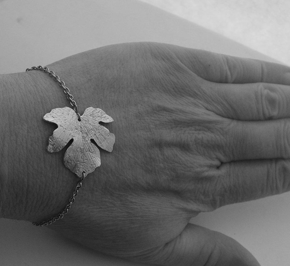 Bracelet feuille de figuier martelé