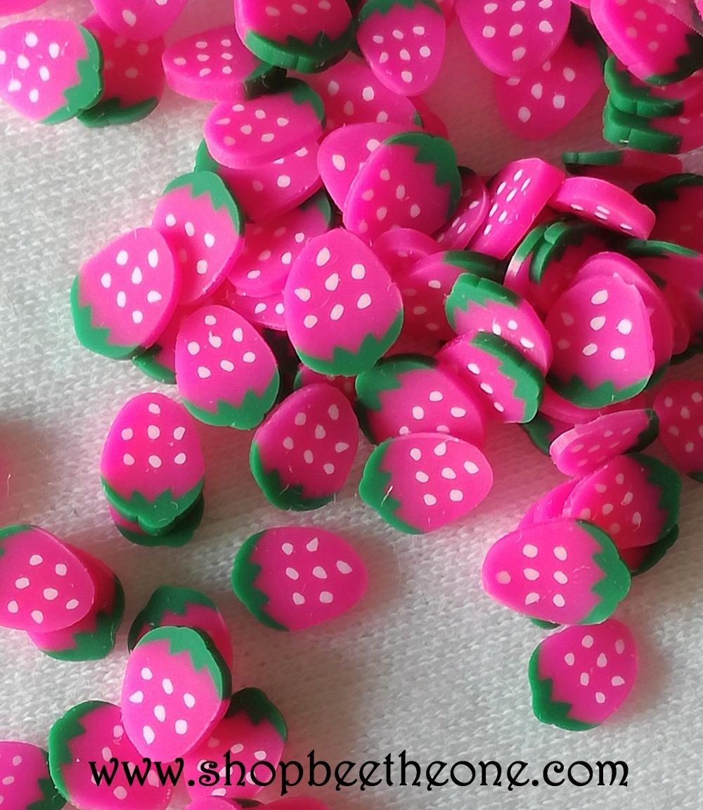 2 g (+/- 120 pièces) de Tranches de Fimo Pâte Polymère - Fraise rose - pour nail art, bijoux, decoration, scrapbooking.