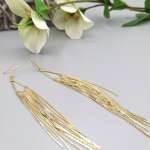 Grandes boucles d'oreilles franges en laiton doré à l'or fin.