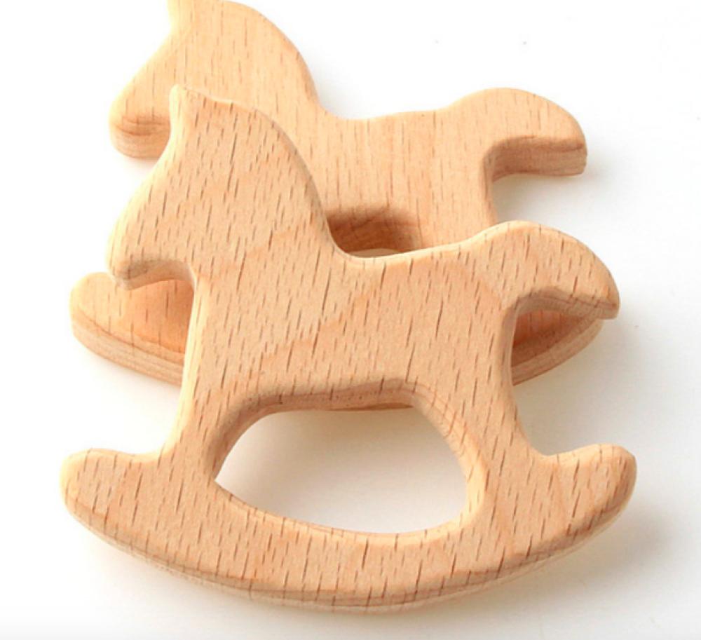 Hochet de dentition en bois, forme: Cheval à bascule