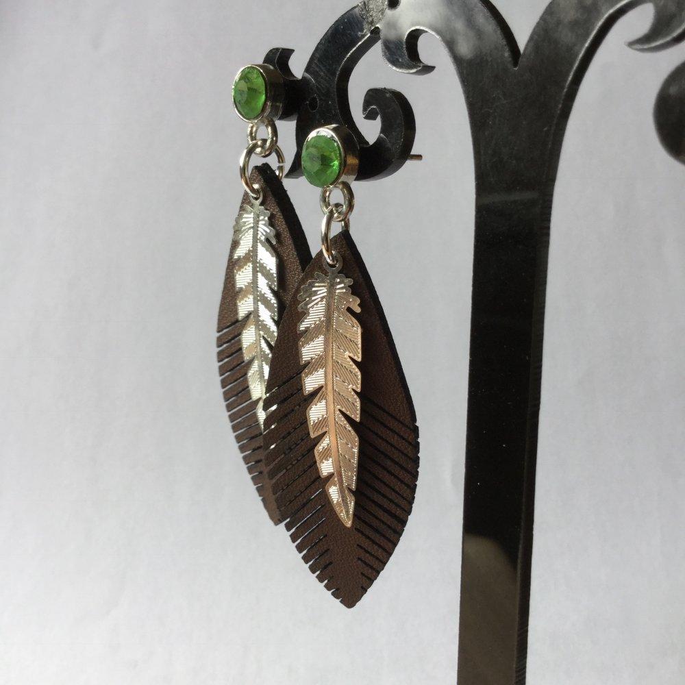 Boucles d'oreille avec plumes