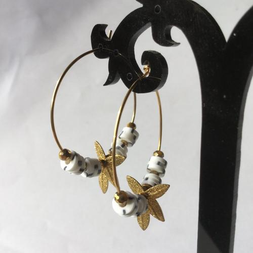 Créoles, boucles d'oreilles dorées, perles heishi