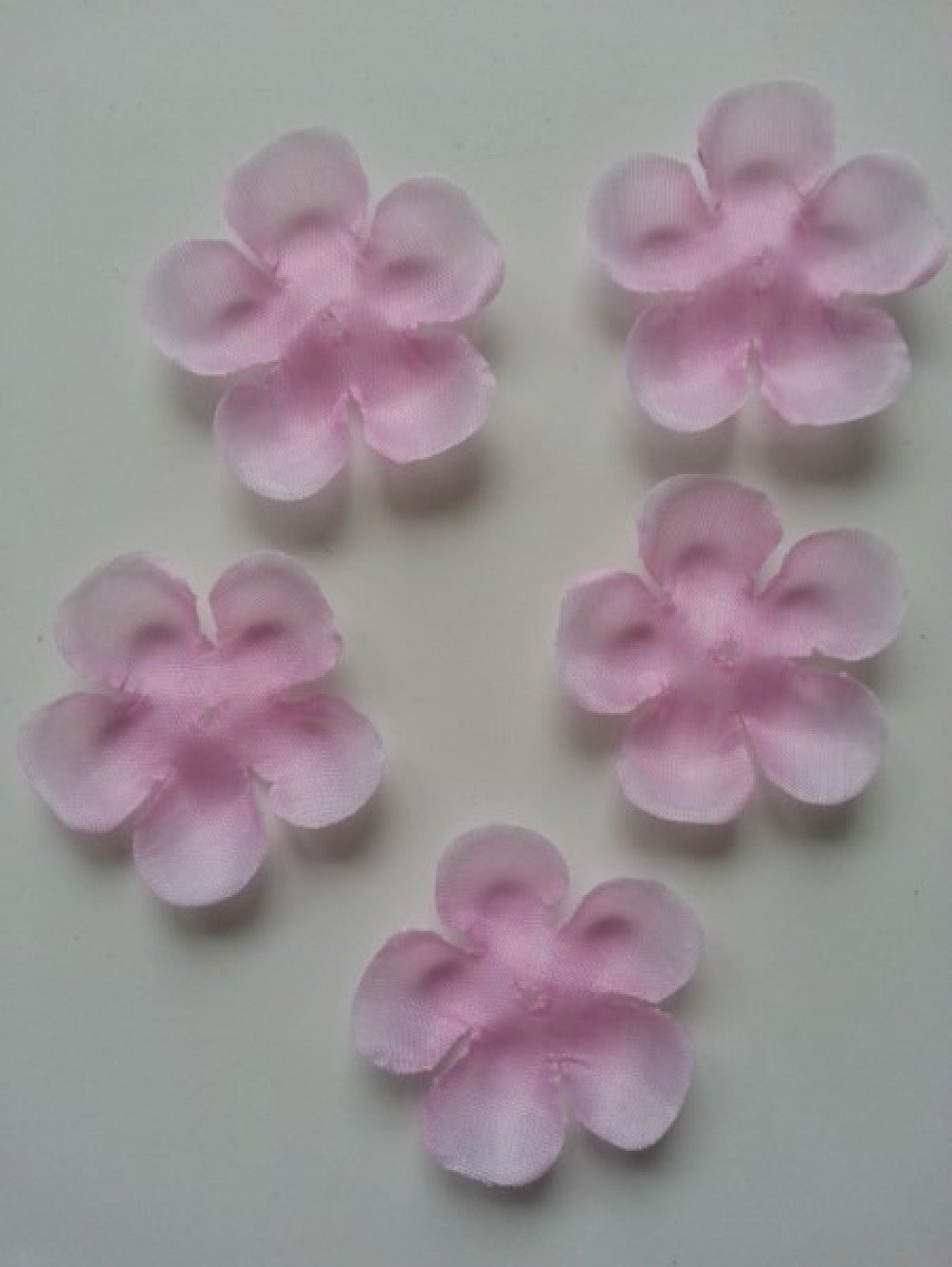 lot de 5 fleurs en tissu rose  50mm