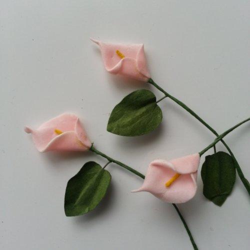 Lot de 3 minis fleurs arum sur  tige de 10cm peche