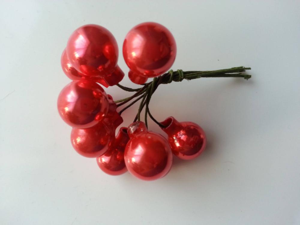 Bouquet de 10 mini boules de noel sur tige rouge