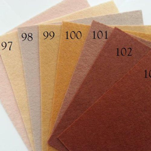 N101 feuille de feutrine unie 15*15cm ivoire à marron