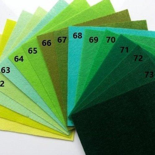 N68 feuille de feutrine unie 15*15cm vert