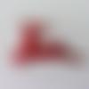 Renne  en tissu holographique rouge    50*40mm