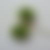 Lot de 2 roses artificielles en tissu verte de 40mm sur tige
