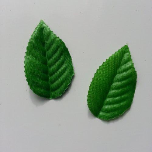Lot de 2  feuilles de rose artificielles vertes  55*35mm