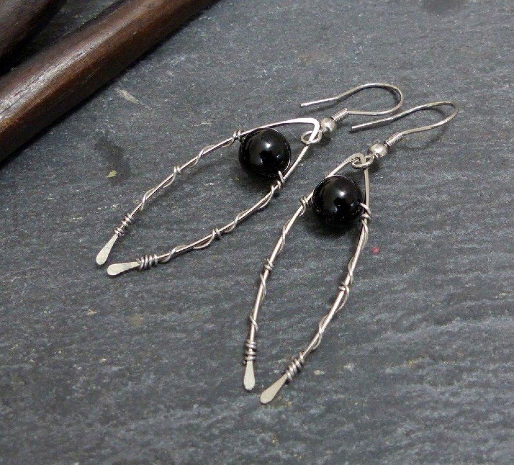 Boucles d'oreilles noires, pierre et acier inoxydable (BO45)
