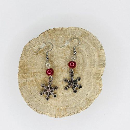 Boucles d'oreilles noël flocons de neige perles rouges