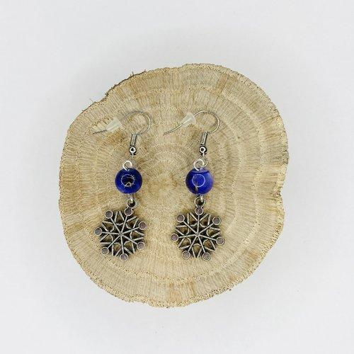 Boucles d'oreilles noël flocons de neige perles violettes