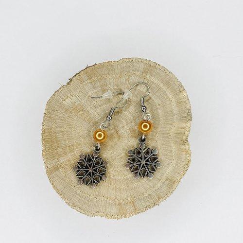 Boucles d'oreilles noël flocons de neige perles oranges