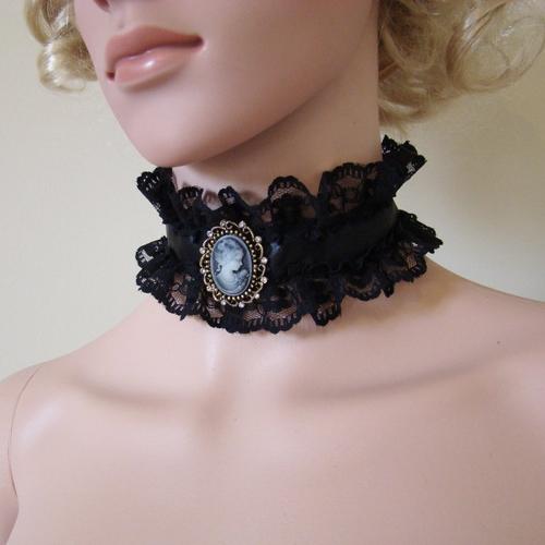 collier ras de cou noir epais