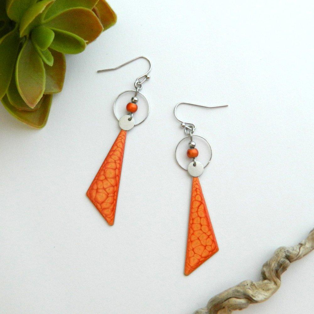 Boucles d'oreilles originales et graphiques, orange mandarine