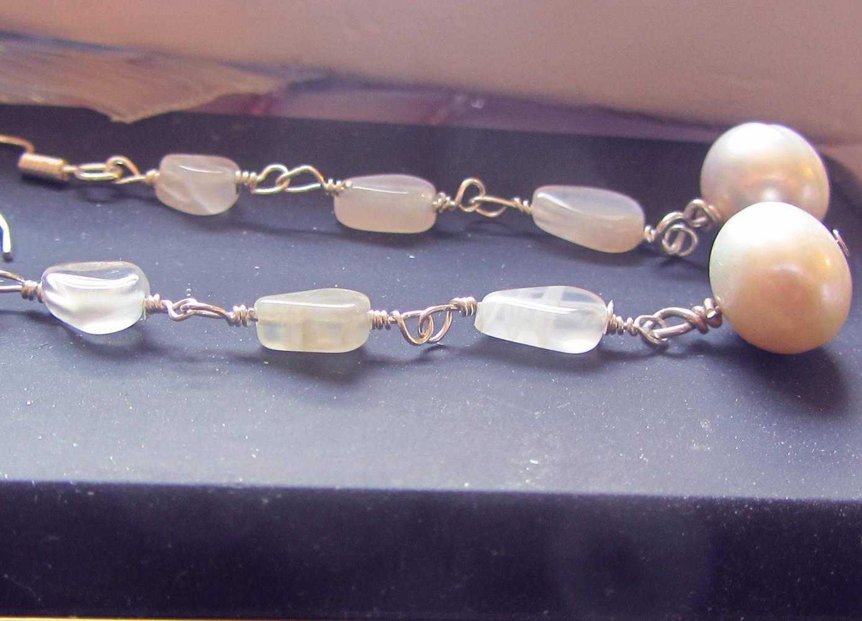 Boucles d'Oreilles Pierre de lune et perles de culture - boucles pendantes argent massif