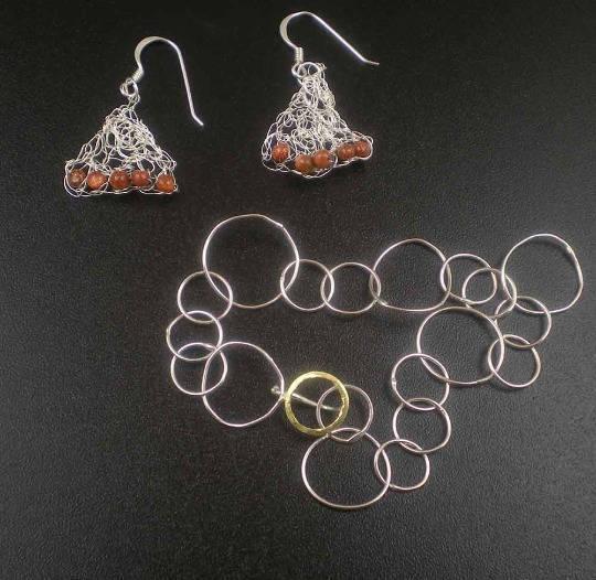 Boucles d'oreilles tricotees argent massif 925 et Pierre du Soleil