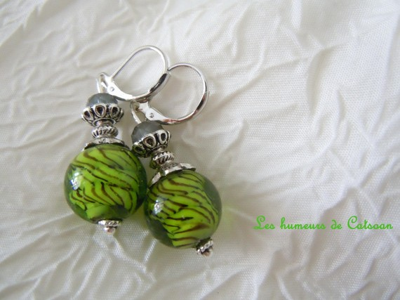 Boucles d'oreille avec perles style murano vert