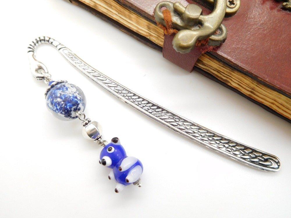 """Marque pages en métal argenté  perle filée au chalumeau et perle en céramique """"Petit ours""""  /cadeau fête des mères / cadeau le"""