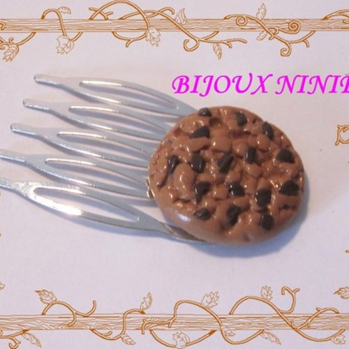 Barrette peigne biscuit cookie gourmande en fimo