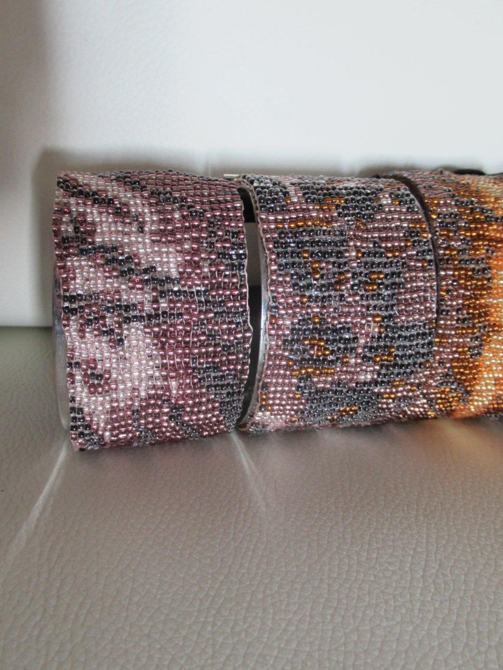 Bracelet manchette tigre, bracelet souple en perle, bijou animal