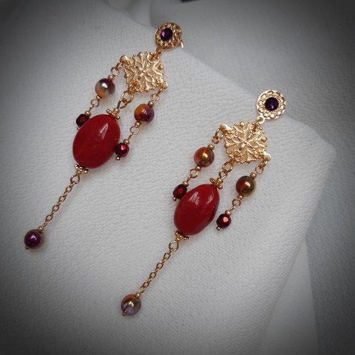 Kamila - perle ancienne rouge carmin, rosace ajourée, finement ciselée et dorée or fin