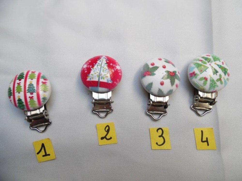 N°4 attache clip pince tétine bébé 2.9cm Noël rond bois