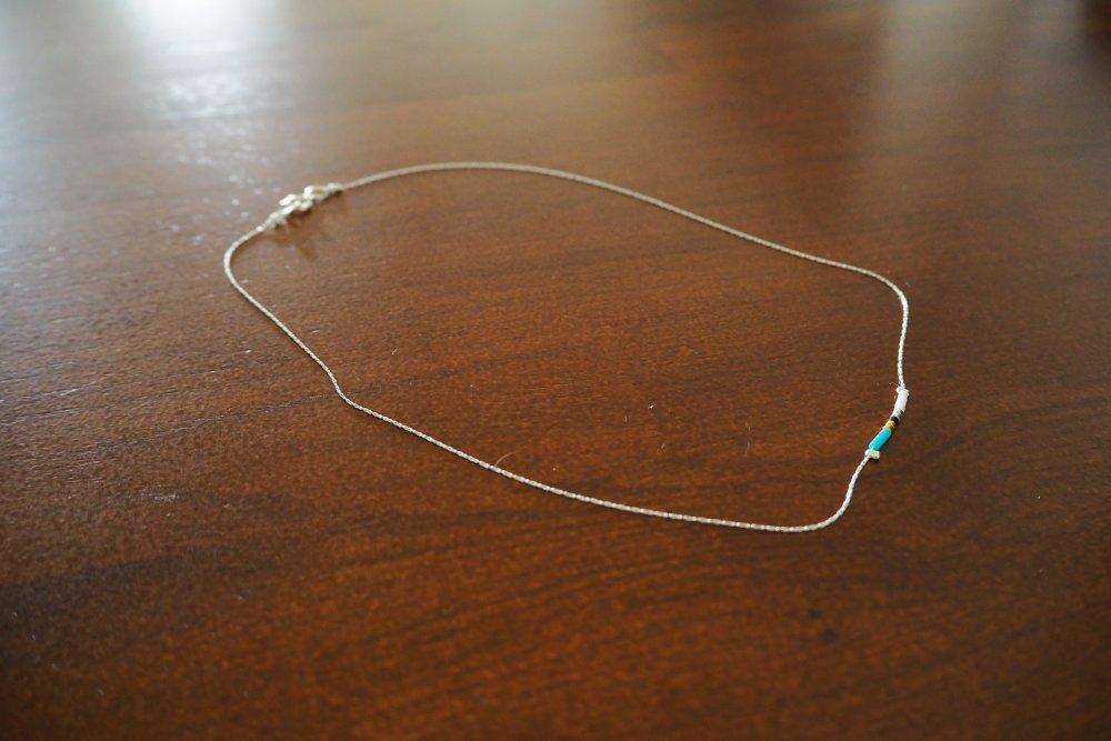 Collier chaine Argent 925 très fin et ses perles Miyuki dont 2 en Or 24 carats