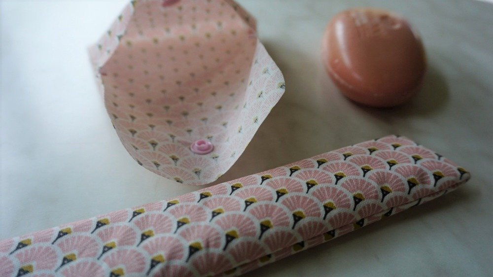 Etui à savon et étui à brosse à dent en coton enduit