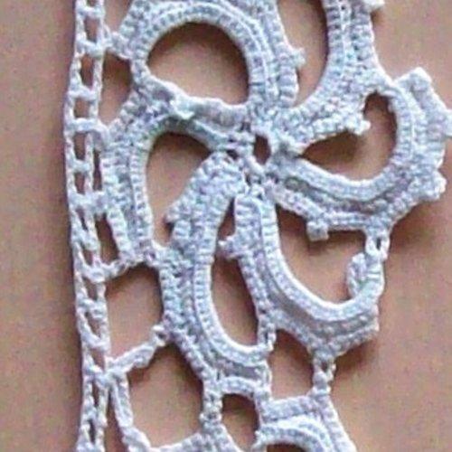 Dentelle ancienne avec barrette réf.16 blanc 48mm longueur 70cm