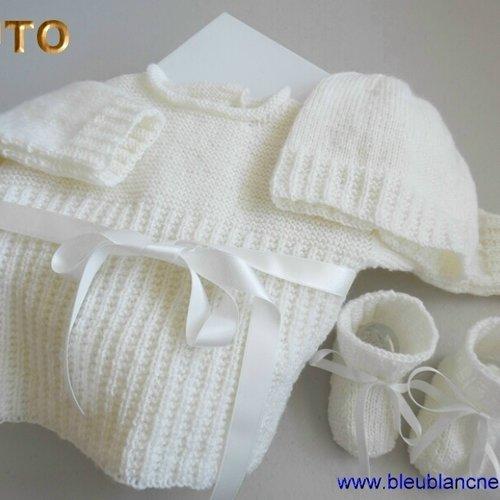 chaussons 1//3 MOIS cadeau naissance brassiere bébé blanc tricotée main
