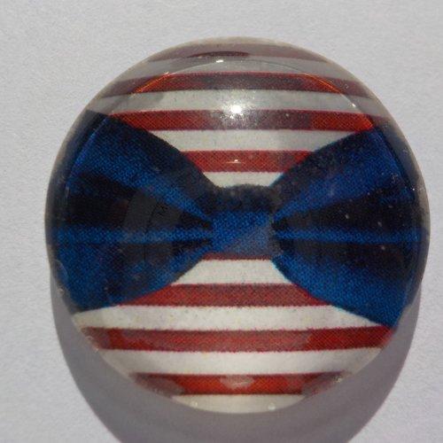 Cabochon de verre avec son image de marinière rouge, blanc,  noeud bleu