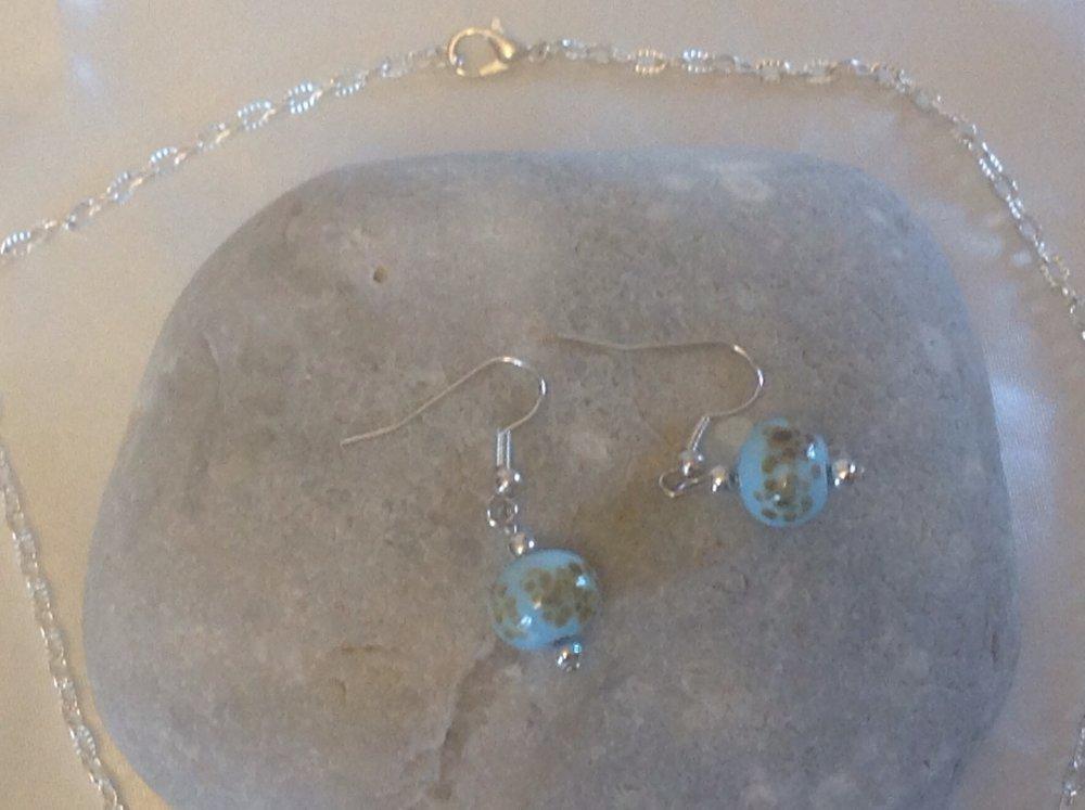 Collier verre soufflé bleu