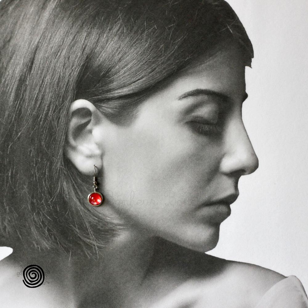Boucles oreilles rouge cabochon cerise