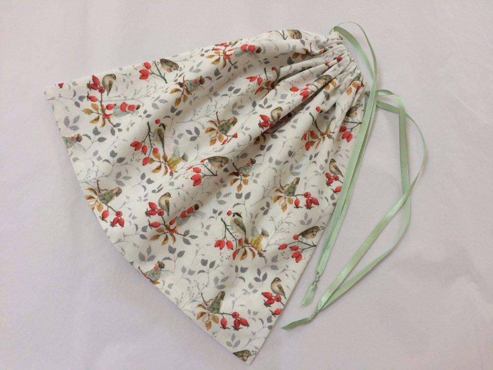 Pochon en tissu coton motif elfs oiseauxet baies