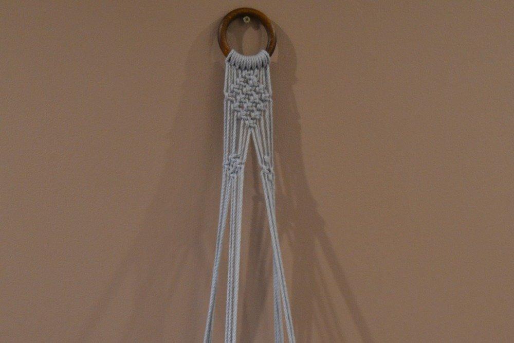 Suspension macramé pour plante  corde coton gris