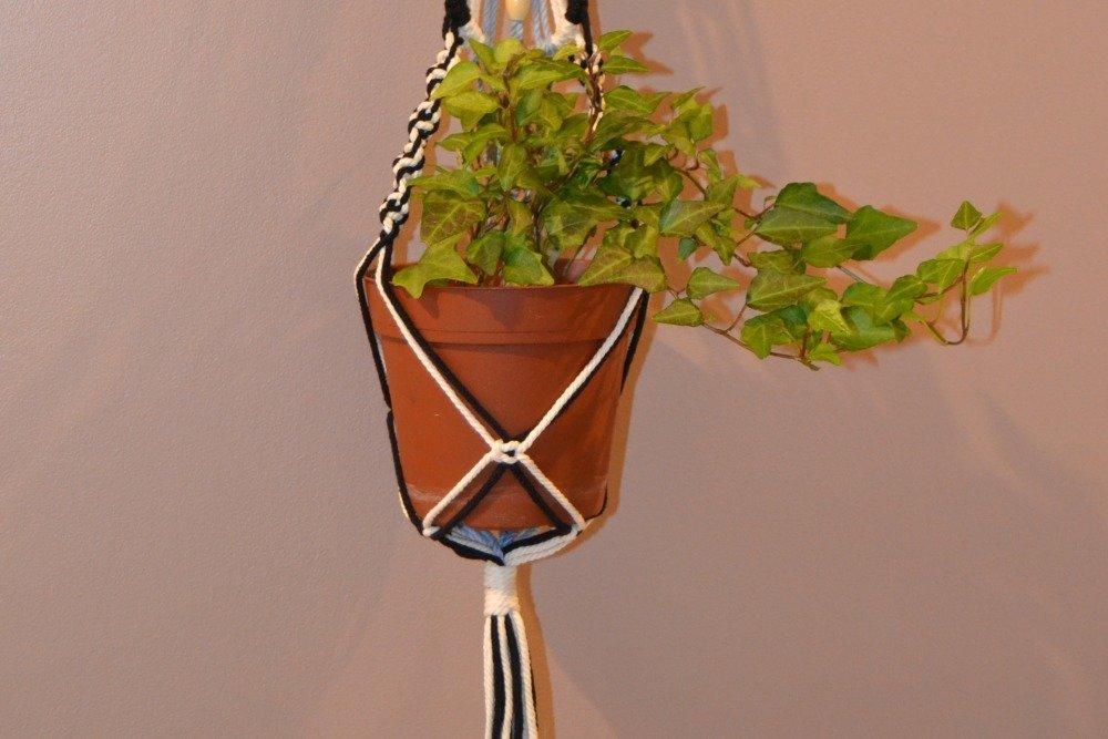 Macramé suspendu / support plante /macramé tricolore