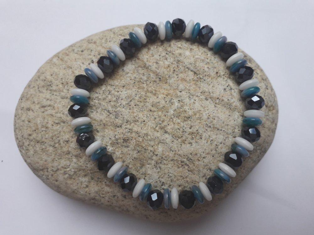 Parure bracelet et boucle d'oreille en perles de verre