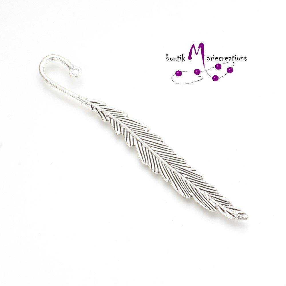 Marque page métal plume argent vieilli 11.7cm