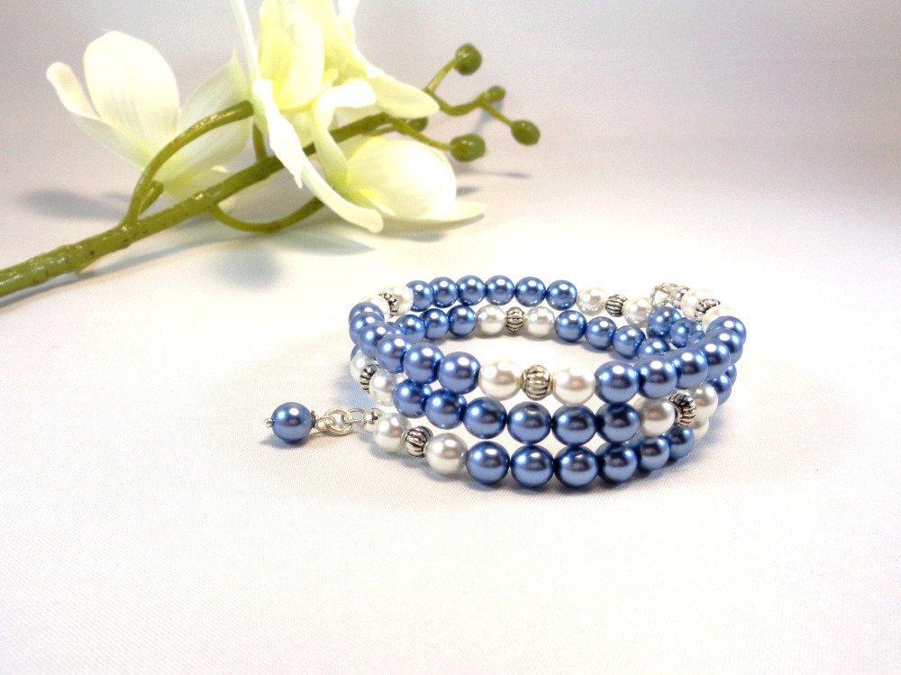 Bracelet en perles de verre nacré bleu, blanc et perles métal argenté