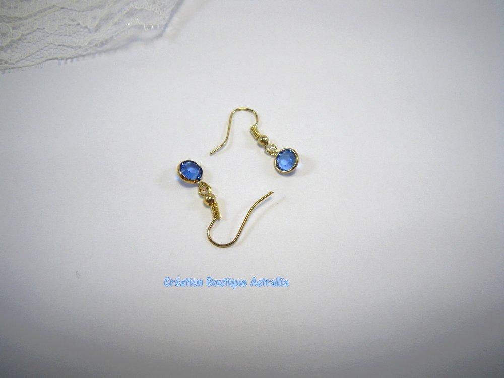 Boucles d'oreilles en perle de verre bleu forme ronde facettée